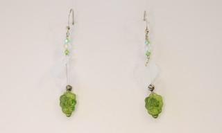 Boucles d'oreilles Hanaya Bijoux en perles de cristal Swarovsli®Elements et argent, crées par Véronique Rident, créatrice à Valence (Drôme).