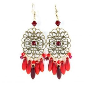 Boucles d'oreilles pendantes en perles de cristal rouges