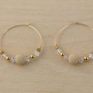 Boucles d'oreilles Hanaya Bijoux créées par Véronique Rident, à Valence avec des perles plaquées or, des perles Miyuki® et SWAROVSKI® ELEMENTS.